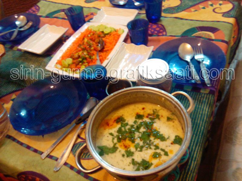 Yayla çorbası yemek tarifieri resimler tarif